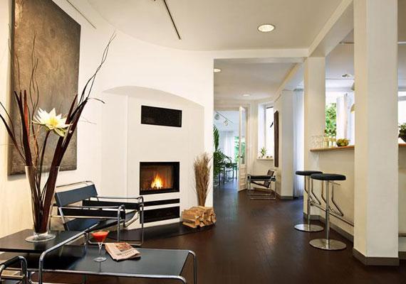 eingangsbereich zum aussen alster hotel - Moderner Eingangsbereich Aussen